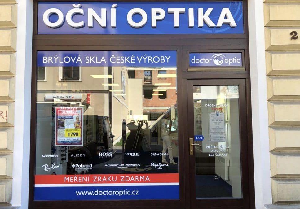 Nová oční optika v Kolíně